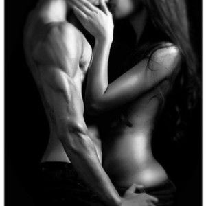 Sexy Couples In Black And White